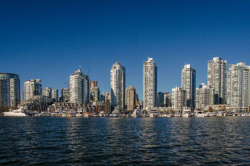Torres de gran altura en False Creek, Vancouver | Invierno en Vancouver