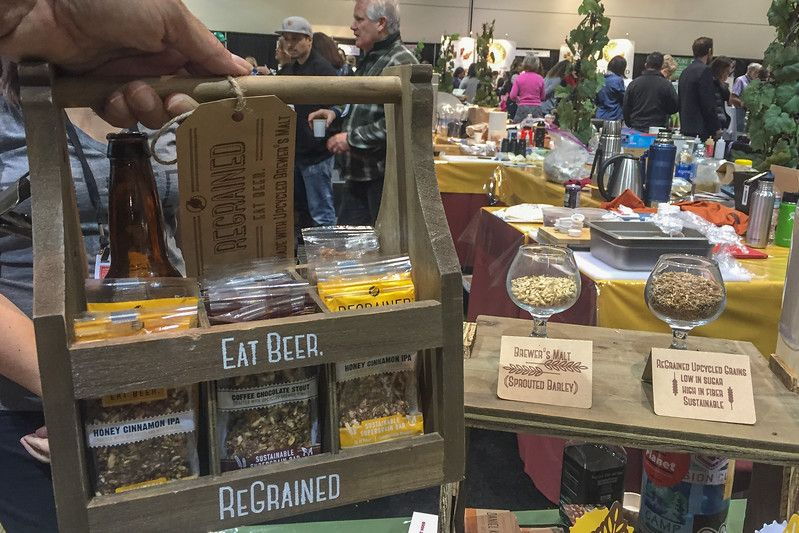 Regrained, utilizando granos de elaboración de cerveza reciclados en los alimentos    2017 Winter Fancy Food Show