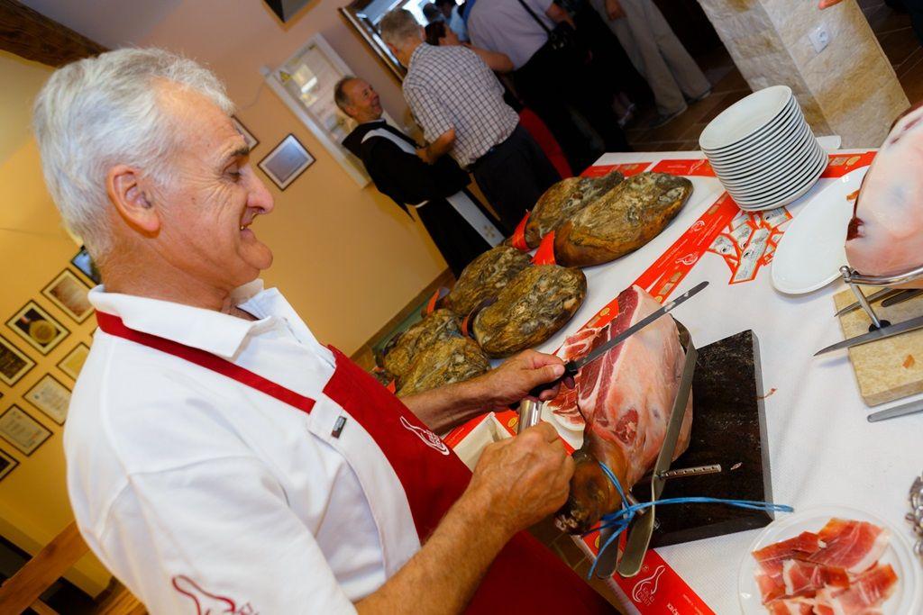 El prosciutto croata, también conocido como pršut, es una de las sorpresas gourmet de Croacia