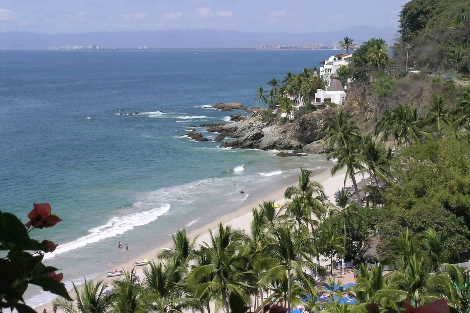 Puerto Vallarta south shore
