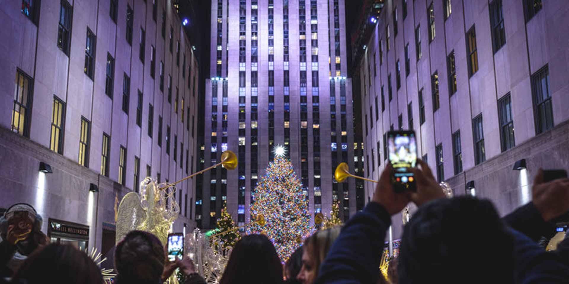 rockefeller-center-christmas-tree-lighting-ceremony-161103163843001