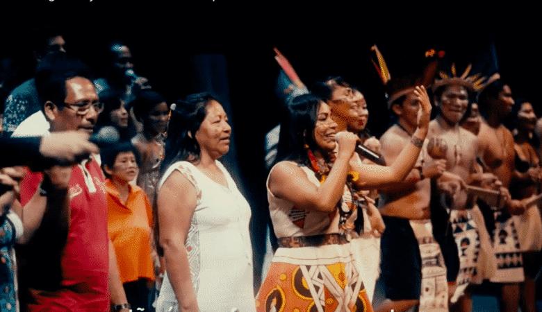 Cantantes indígenas amazónicos-lugaresparavisitar